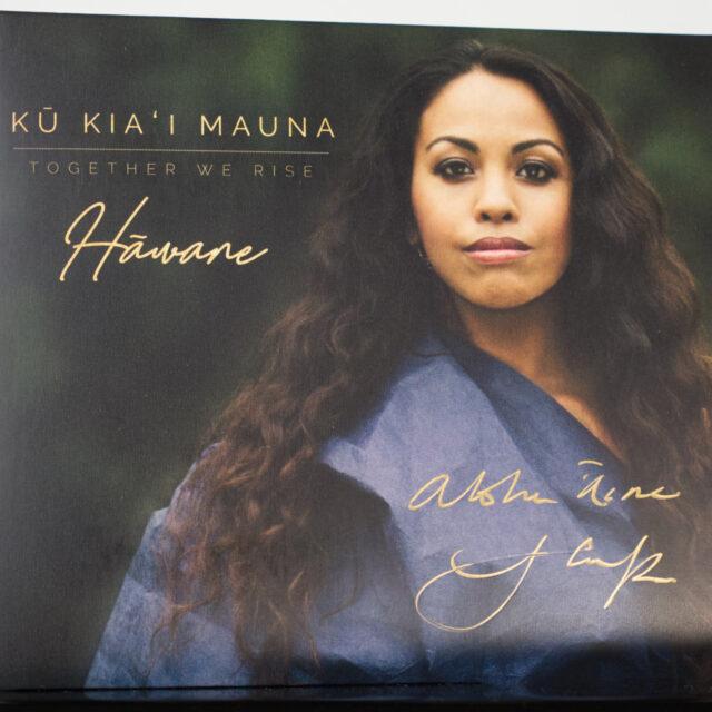 Hawane-Album-signed